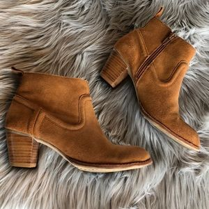 Dolce Vita Booties size 6